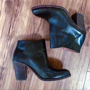 Lucky Brand Black Leather Ankle Booties 10